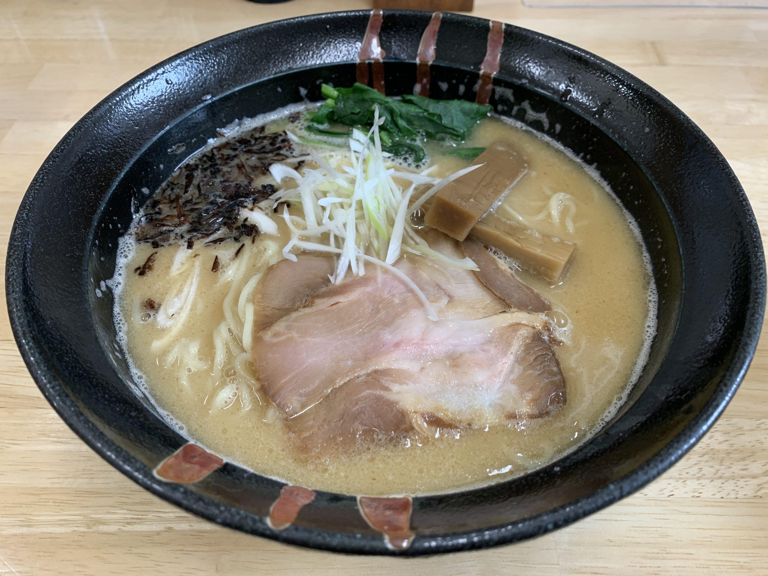 麺喰厨房EVO2の鶏白湯ラーメン